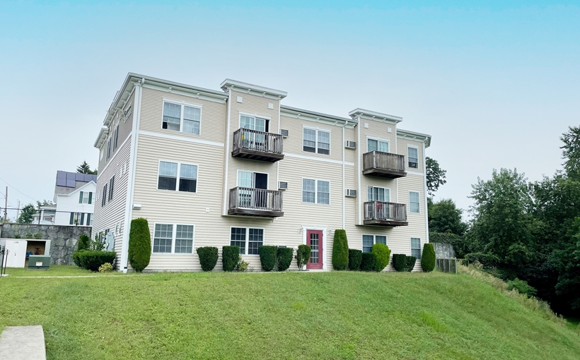 Peters River Residences apartments Woonsocket Rhode Island