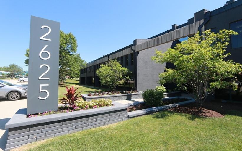 2625-Butterfield-Rd-Oak-Brook-IL Clear Height Properties office building