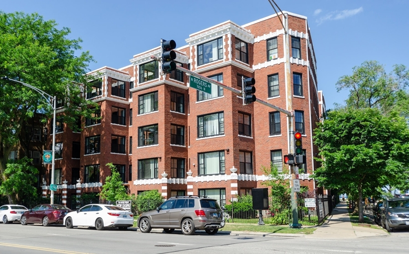 Livly apartments North Side Chicago