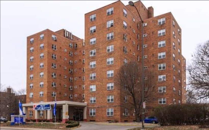 Meridian Towers apartments in Indianapolis