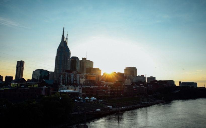 Nashville, TN skyline at dusk