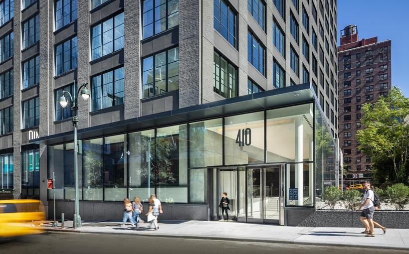 410 Tenth Avenue Manhattan redevelopment Image by Pavel Bendov